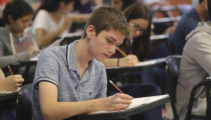 Becas de Desarrollo Social Permanencia Escolar